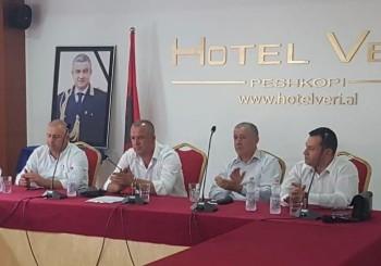 """Ceremonia e dhënies së titullit """" Nder i Qarkut Dibër"""" Z. Artan Cuku"""